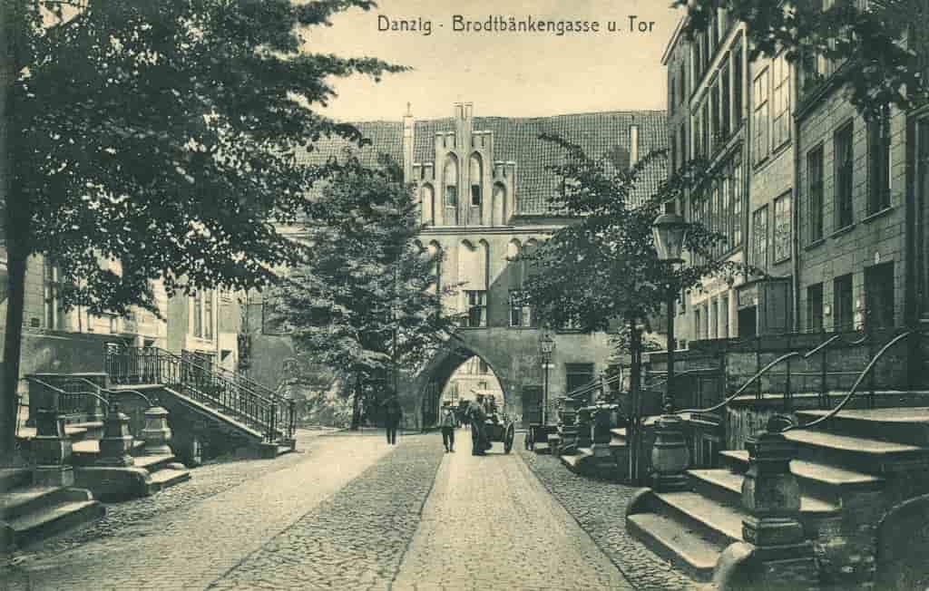 Brama_Chlebnicka, Długie_Pobrzeże, Stary_Gdańsk,Rejsy_Galare_Po_Gdańsku